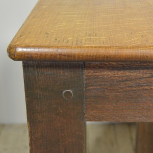 OAK SAFE STAND TABLE (5)