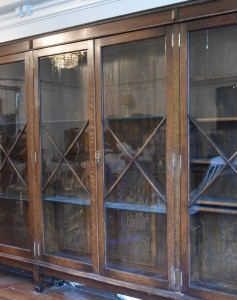 18 FT WIDE HOS CABINET (26) FM