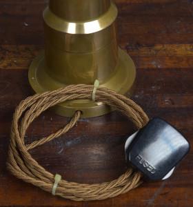 BRONZE TABLE LAMP WEB PICS (6)